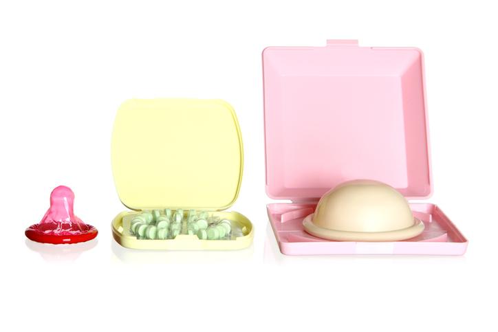 피임을 위한 임시 방법 - ⑤ 여성용 콘돔